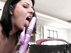 Taryn Thomas, Eva Angelina and Amy Ried dildoing 3-way
