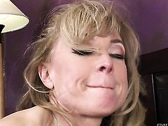 Nina Hartley and Sean Michaels annlly fuck for cam for you to watch and enjoy before cock sucking