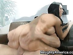 Billy Glide gives slutty Dylan Ryders muff pie a try in steamy sex action