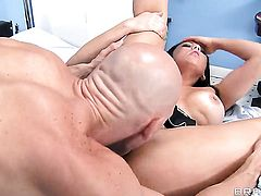 Johnny Sins fucks Audrey Bitoni in her mouth as hard as possible in steamy oral action