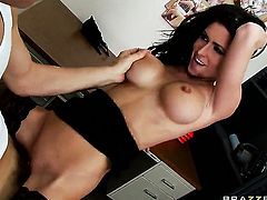Chris Johnson uses his hard boner to make Jessica Jaymes happy