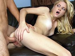 Blonde with small tits amazes with blowjob before having her pussy dirlled well