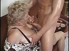 Old lady screwed nicely