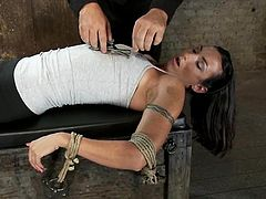Stunning Wenona gets whipped and toyed in bondage video