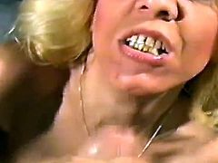 This mature hoe is doing amazing blowjob and she is pleasuring this lucky dude. She gives him deepthroat sucking and then she swallows him jizz.