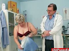 Ruzena gets mature doctor to gape her cunt in the clinic. This horny granny walks in for some physical tests but she enjoys some extreme gyno encounter instead.