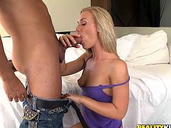 Nicole Aniston allows a horny man to lick and drill her sweet pussy