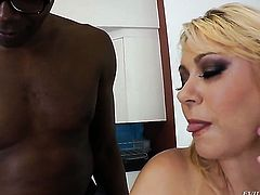 Samantha 38g kills time fucking with hard cocked dude in interracial action