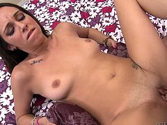 Hot POV porn video with a delicious sex doll Layla Luxxx. She gives an amazing blowjob to you and then you enjoy every move in her pussy!
