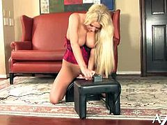 Watch the alluring blonde temptress Riley Evans riding a sybian into kingdom come in this hot solo video provided by a Aziani. Just by looking at the bounce of her tits you can tell how much she's enjoying it!