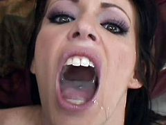 Stunning Jenna Presley makes wonders with her soft lips during full blowjob show