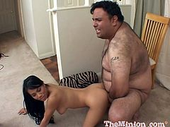 He is so fucking fat that he barely finds his cock to give to Lucy Thai. She is a divine babe and he is so gifted to bang her.