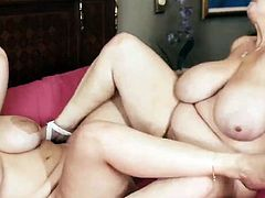 Plump tasty girl play with each other