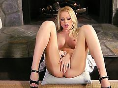 Ashley Roberts masturbating with big enthusiasm