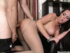 Levi Cash makes his rock hard pole disappear in fabulously hot Rahyndee Jamess beaver