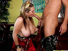 Voodoo gets his always hard tool eaten by Blonde Cassandra Calogera