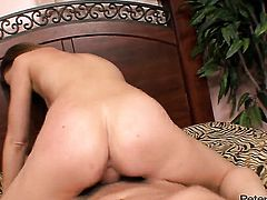 Jewel Styles and hot blooded guy have oral sex for cam for you to watch and enjoy
