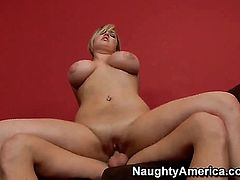 Michael Vegas cant wait any more to put his dick in fuck hungry Dayna Vendettas beaver