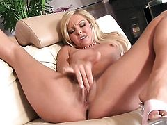 Aaliyah Love is completely naked and plays with her vagina non-stop