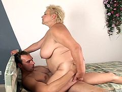 Alex is a horny BBW taking a ride on this guy's hard cock right on camera as you hear her moan after sucking on it.