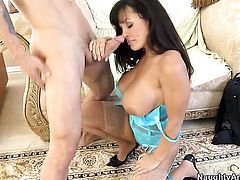 Alan Stafford gives sexy Lisa Anns bush a try in sex action
