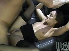 This astonishing cougar is amazing fucker. She knows hot to satisfy her boss , she sucks his cock deeply and then rides hard his dong.