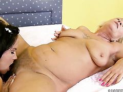 Teen porn diva Bettina Dicapri and Orhidea are two dykes that cant keep their hands off each other
