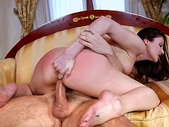 Check out amazing scenes of hardcore sex with this nasty beauty