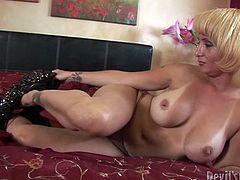 Light haired zealous lassie with big ballrooms rested on her haunches and performed her thirsting beefcake guy nice blowjob. Look at this dirty chick in Fame Digital sex video!