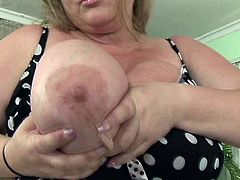 Obese lady Sienna Hills takes off her lingerie letting her giant saggy tits hang. Fat bitch lies on couch and starts rubbing her puffy snatch.