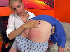 Delicious Secretary In Thong Gets Dirty With Punk