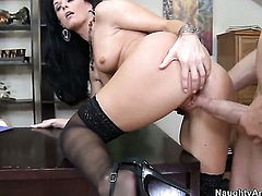 India Summer plays with her clit as she gets her hole drilled by Billy Glide
