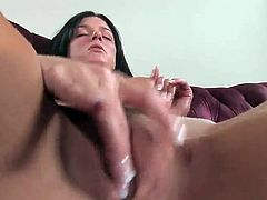India Summer has Her MILF grumble cute around device bonking