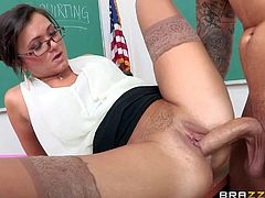 Milf teacher Cece Stone makes sex education really exciting. Student guy Clover learns more about squirting from slutty woman. She sucks his young dick and then makes him fuck her twat hard to squirt like a geyser.