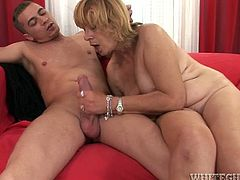 All thirsting sinful holes of this old torrid lady with impossibly haired flaccid snatch got properly pounded this hot day. This old chick was fully satisfied by this stud. Watch this old chick pounding in Fame Digital porn clip!