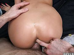 Oriental with juicy ass and her horny bang buddy both enjoy blowjob session