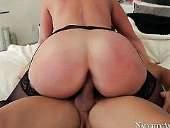 Alura Jenson with big bottom and trimmed muff loves the way Johnny Castle stuffs her vagina
