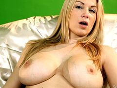 Carol Gold is a bout to give you one hell of a boner as you watch her playing with herself after taking off her clothes.