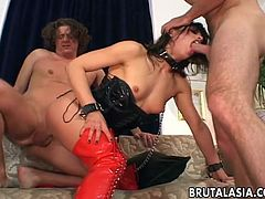 Sexy Jayna Oso looks amazing in her black fetish gear and collar and leash. She is feeling dirty and is treated to an extreme anal fuck by the guy she is with.
