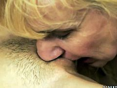 Blonde Tina Blade gets her pussy hole attacked by lesbian Nanneys tongue