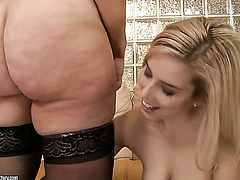 Blonde and Marsha love lesbian sex