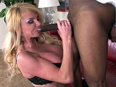 Meaning that this horny and bitchy milf Taylor Wayne will do the whole work, making her man relax and find a way to her pussy!