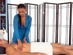 A good massage must always come with a deep blowjob by Victoria Blaze