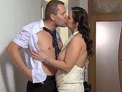 Couple sneaking out a wedding to fuck