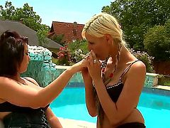 Mature sex-bomb teacher Nanny and her sexy blonde student White Angel meet in the non-official place