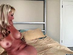 Phyllisha Anne gets her mouth destroyed by dudes schlong