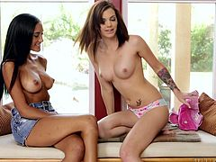 Two lesbians met, to catch up with each other. Their priority is not shopping, but fucking. They are indoor and no one can bother them here. They both have slim bodies and you can notice from their facial expression, that they got very emotional. Click to watch them undressing and making out!