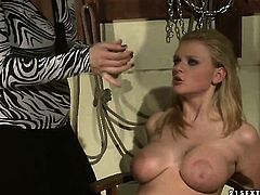 Blonde Katy Parker with juicy breasts knows no limits when it comes to eating Natasha Brills slit