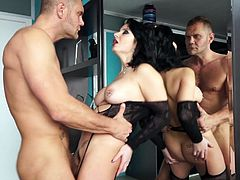 Nacho Vidal is pounding mommy Amanda X