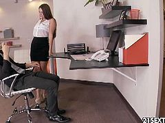 Abby Cross is a sexy boss with foot fetish. She seduced her employee and made him suck on her sexy toes and nail her pussy hard!